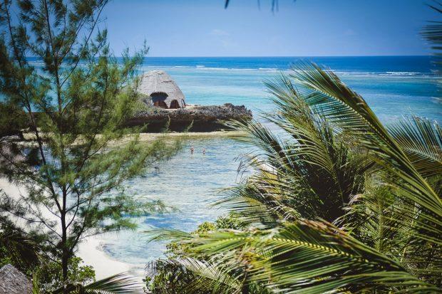 moniquedecaro-kenya-chale-island-029